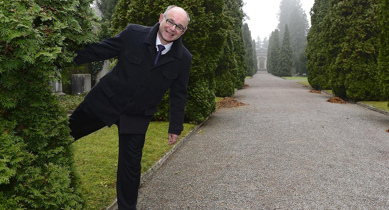 Rolf Steinmann, Leiter Bestattungs- und Friedhofamt der Stadt Zürich