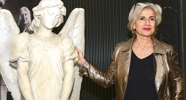 Christine Süssmann, als Leiterin des Zürcher Friedhofs Forum, ist sie auch eine Fachfrau zum Thema Tod. (Foto: Bruno Torricelli) , ist sie auch eine Fachfrau zum Thema Tod.