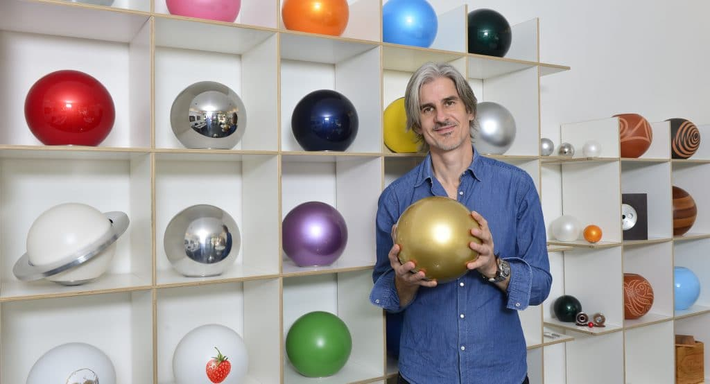 Gestaltet Urnen: Thomas Schär