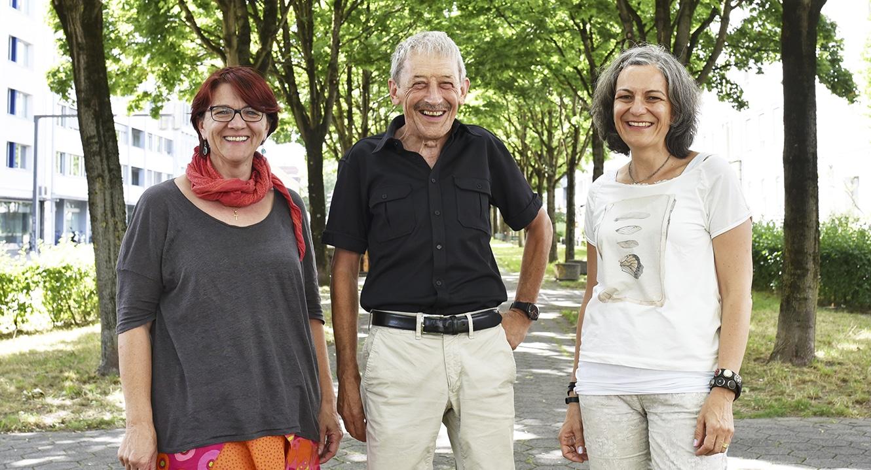 Daniela Friedli, Alois Birbaumer und Anna Margareta Neff (v.l) nach der Diskussion zum Thema Trauer nach Kindsverlust.