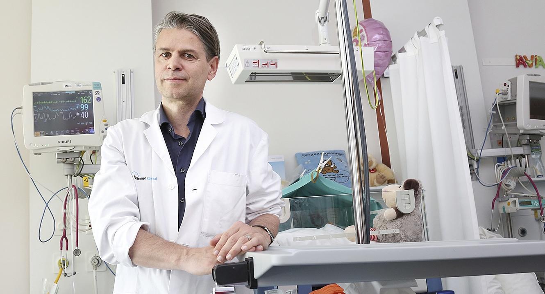 Dr. Markus Hodel, Chefarzt Geburtszentrum und Fetomaternale Medizin Frauenklinik Luzern sowie Co-Leiter Perinatalzentrum Luzern
