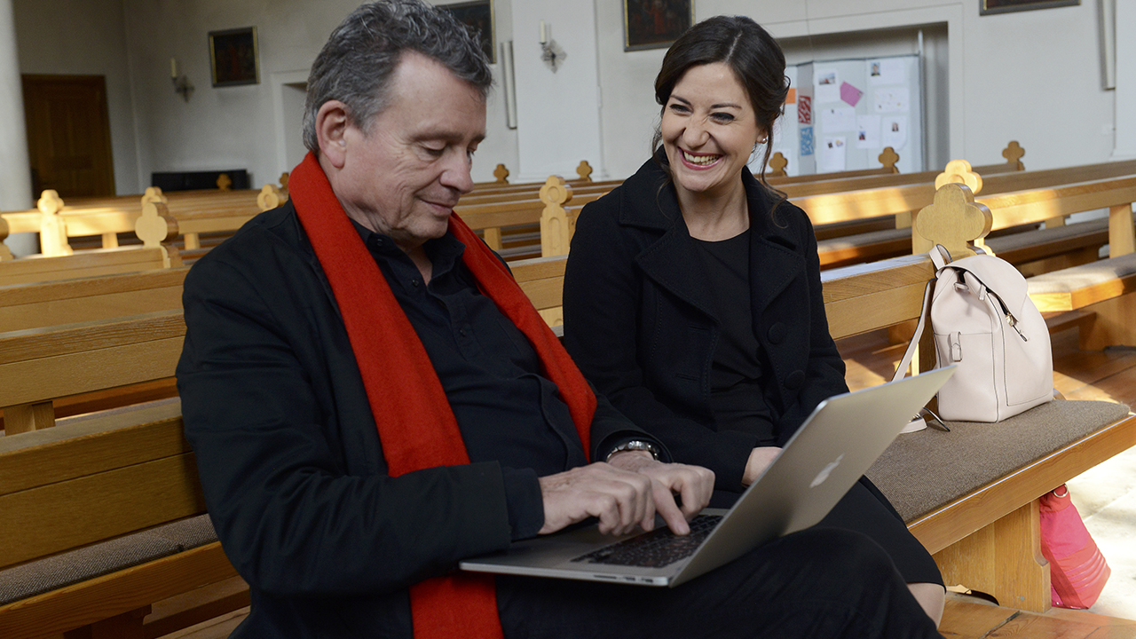 Anna Vichery, Trauersängerin und DeinAdieu-Autor Martin Schuppli