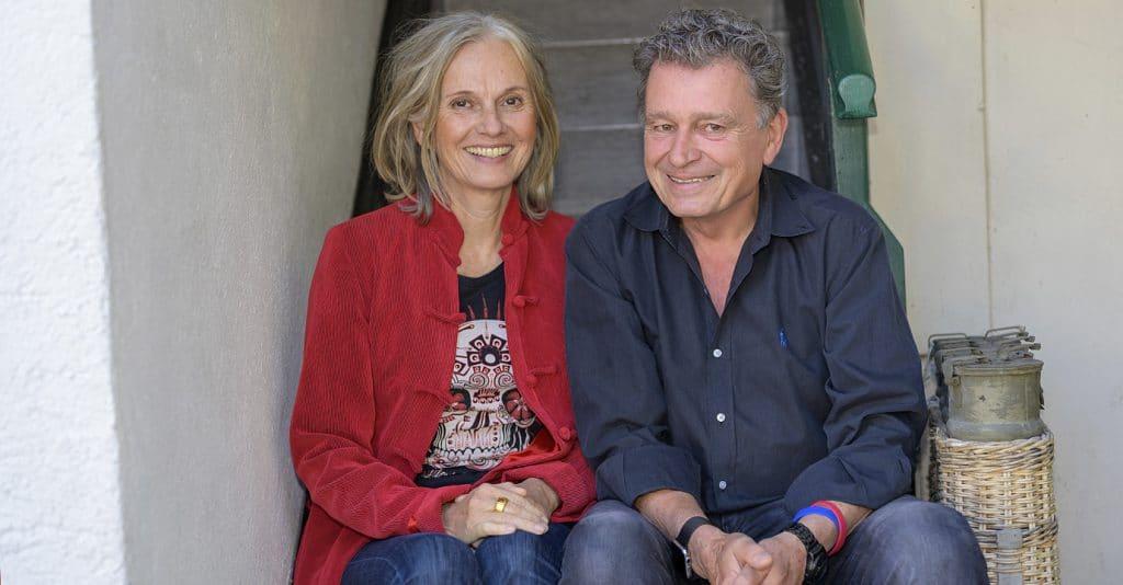 Totenhemd-Bloggerin Petra Schuseil und DeinAdieu-Autor Martin Schuppli.