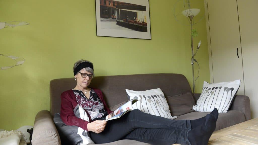 Irene Zeller lesend