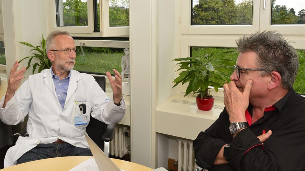 Dr. med. Roland Kunz im Gespräch mit DeinAdieu-Autor Martin Schuppli