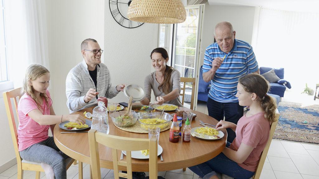 Dieter Förster mit seiner Familie