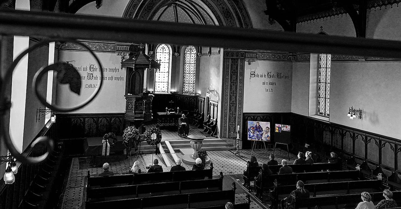 Abdankungsfeier für Peter R. Schwegler in der Kirche Erlenbach.