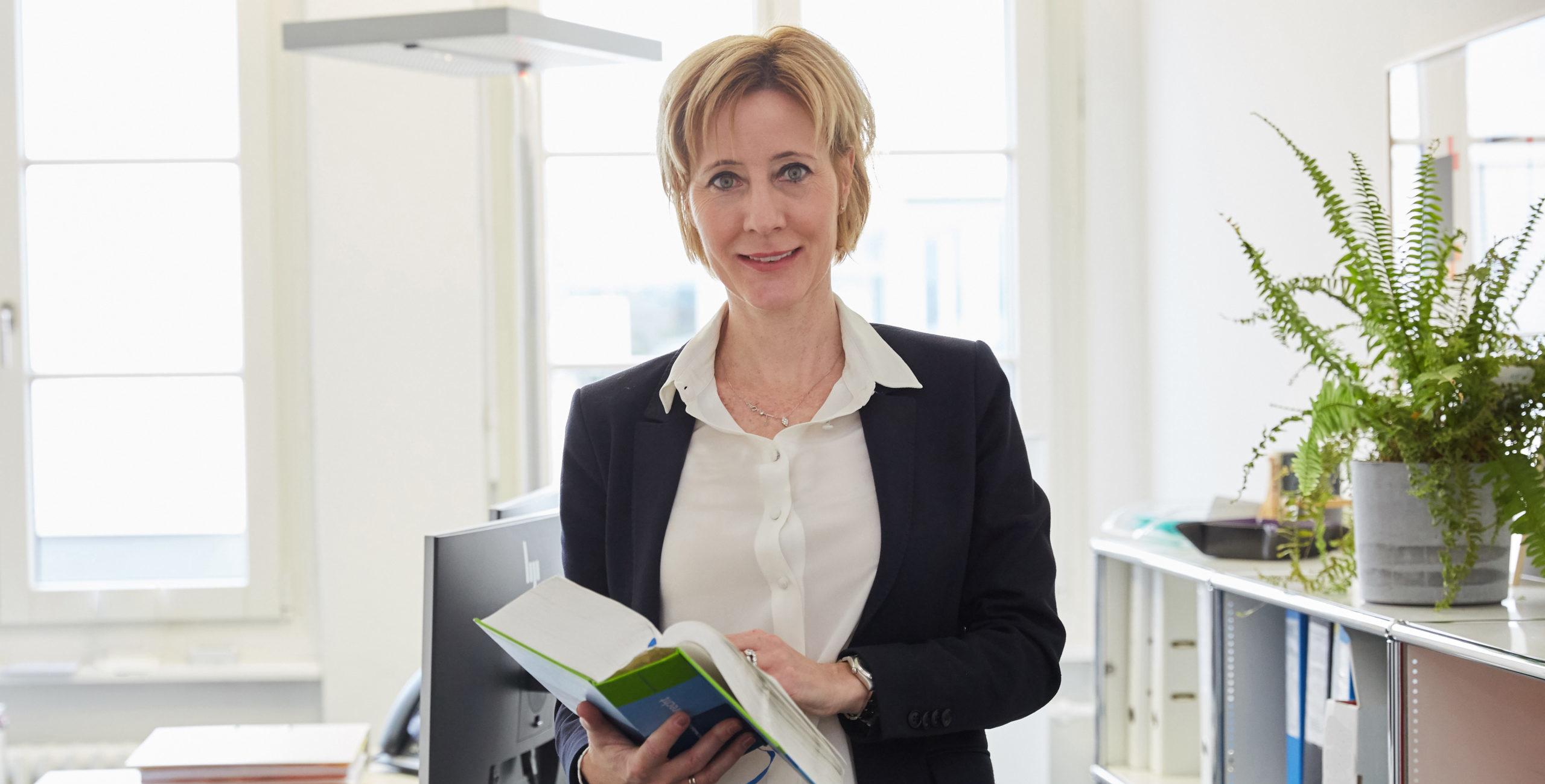 Alexandra Zeiter, Fachanwältin Erbrecht